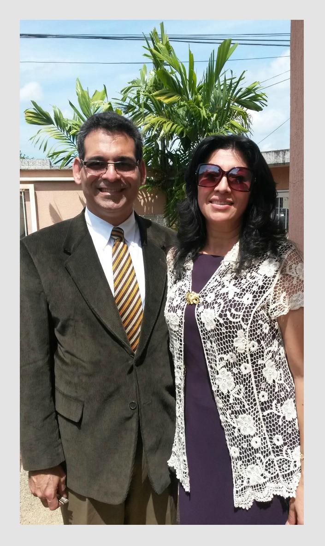 Pr. Daniel Armando Gonzalez y su Esposa Rosenith de Gonzalez